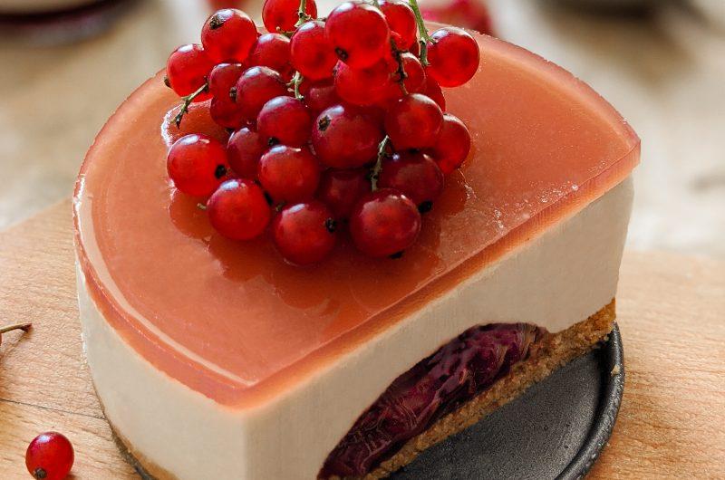 Vanilla jam cake