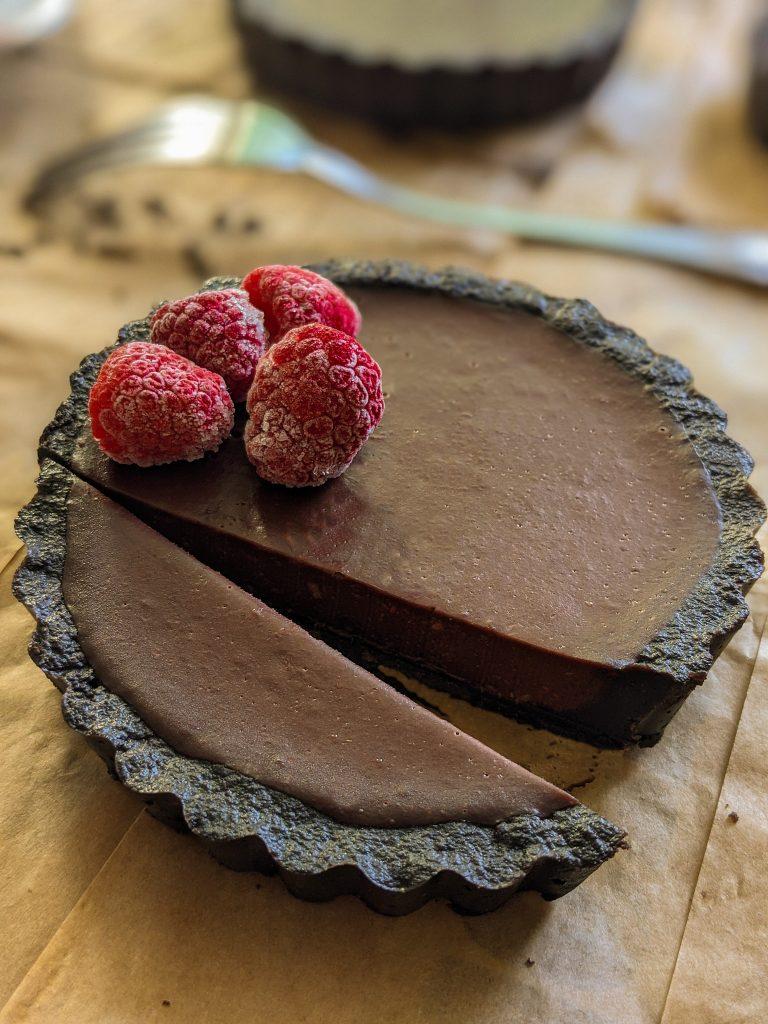 tart od čokolade i maline
