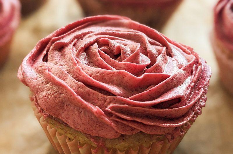 Vegan buttercream cupcakes